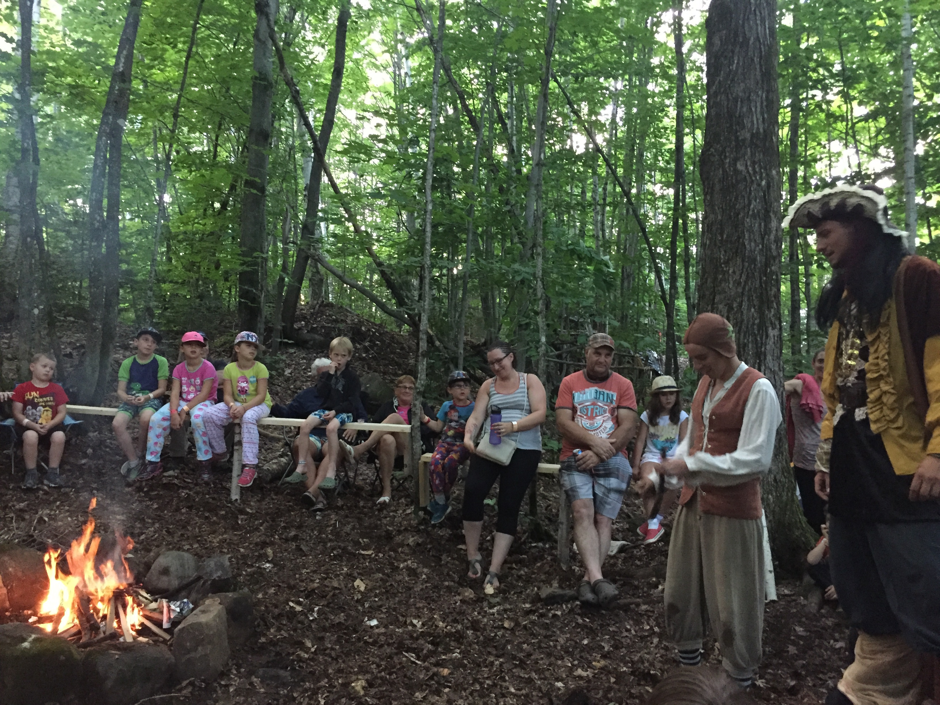 http://www.familycampgrounds.ca/wp-content/uploads/2017/01/animation-camping-familial-atlantide-12.jpg