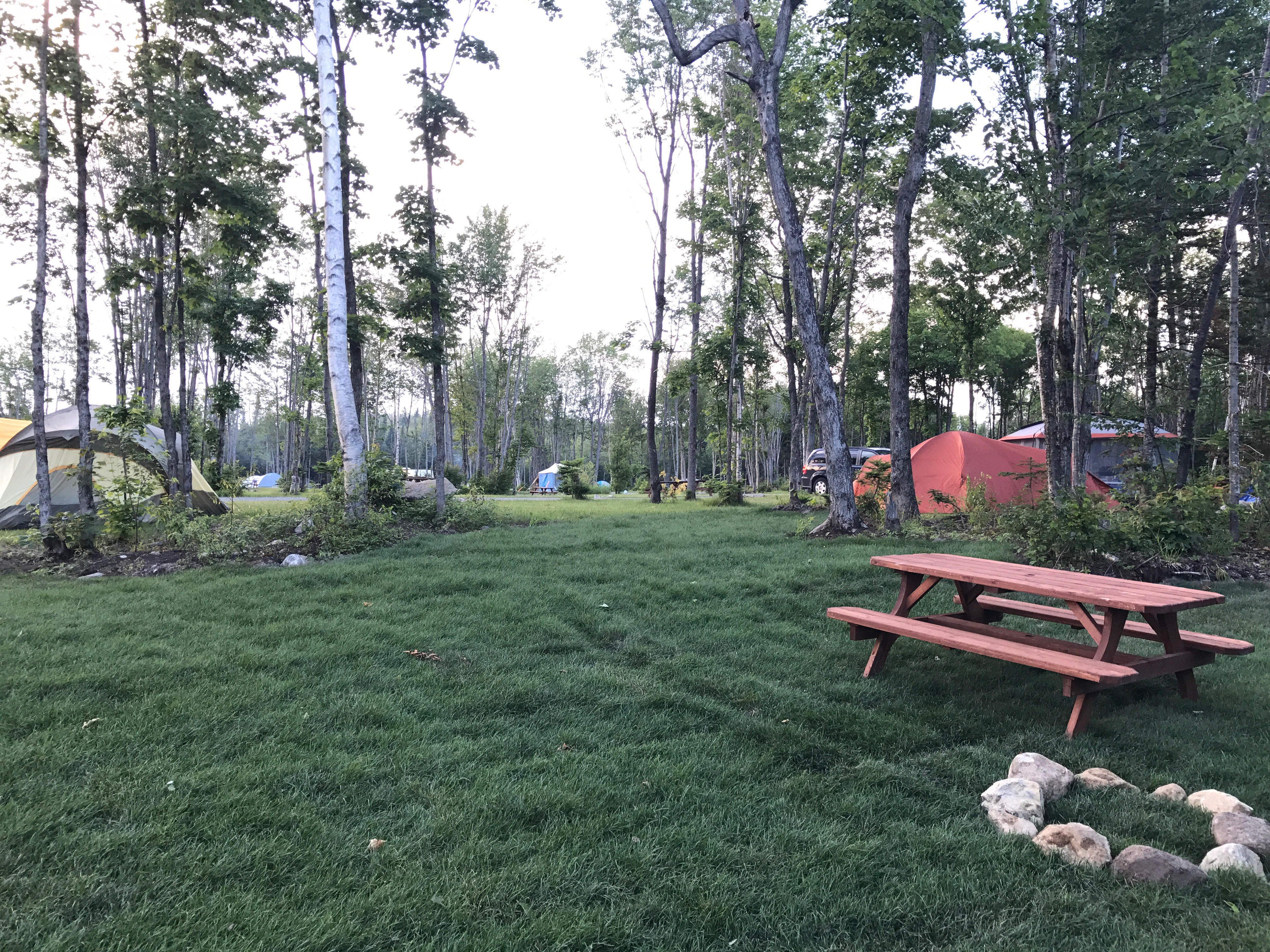 http://www.familycampgrounds.ca/wp-content/uploads/2018/01/camping-familial-complexe-atlantide-8.jpg